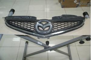 Решетка радиатора Mazda 5