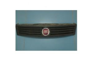 Решетка радиатора Fiat Albea
