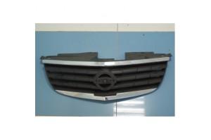 Решетка радиатора Nissan Almera Classic