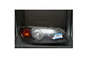 Фара передняя правая Nissan Almera N16