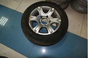 Диск колеса 7Jx16H2 с резиной Dunlop Sport LM703 215/65/R16